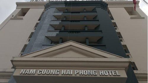 Thi công sàn gỗ công nghiệp Bestchoice tại Khách sạn Nam Cường - Hải Phòng