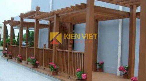 Kho Kiến Việt Hoàng Mai thi công giàn hoa Kankyo Wood II ngoài trời tại nhà phố Hoàng Như Thiếp - Long Biên