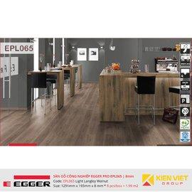 Sàn gỗ Egger Pro EPL065 Light Langley Walnut | 8mm