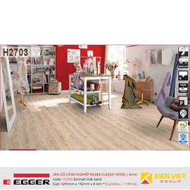 Sàn gỗ Egger Classic H2703 Zarmatt Oak Sand    8mm