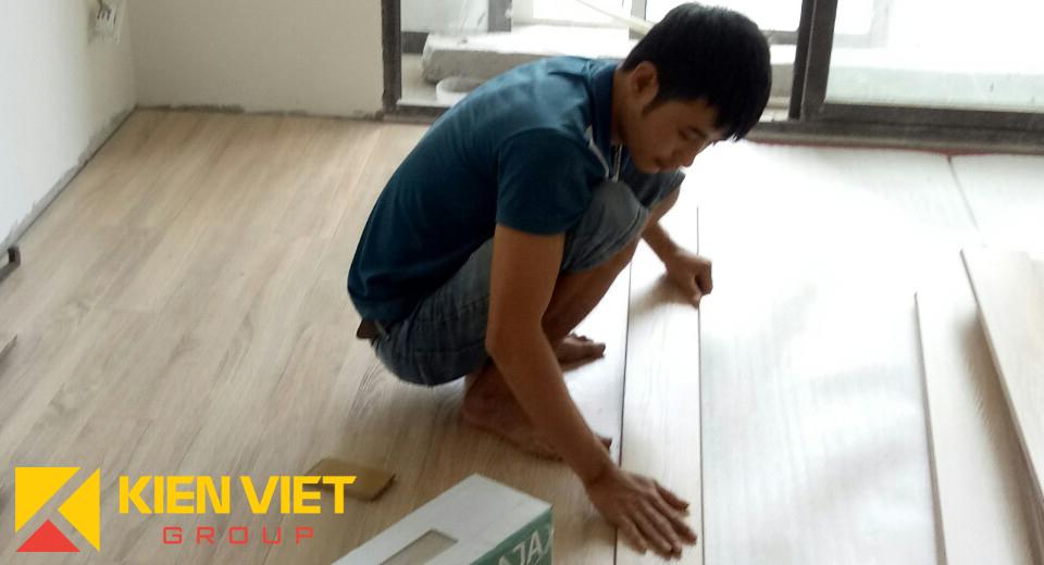kienvietjsc.com-sàn-gỗ-công-nghiệp-kienvietfloor-kv6017
