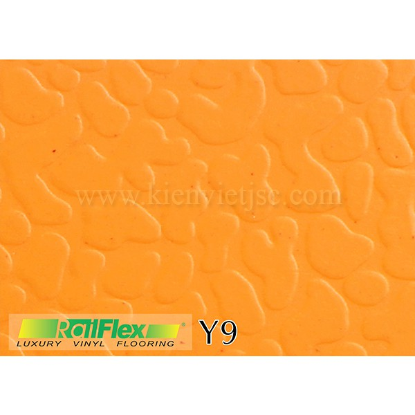 Sàn nhựa dán keo thể thao Raiflex Y9